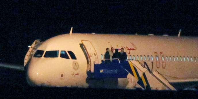 Ankara a intercepté, jeudi 11 octobre 2012, un avion de ligne syrien en provenance de Russie, après avoir reçu des informations selon lesquelles il transportait des armes et des munitions à son bord vers Damas.