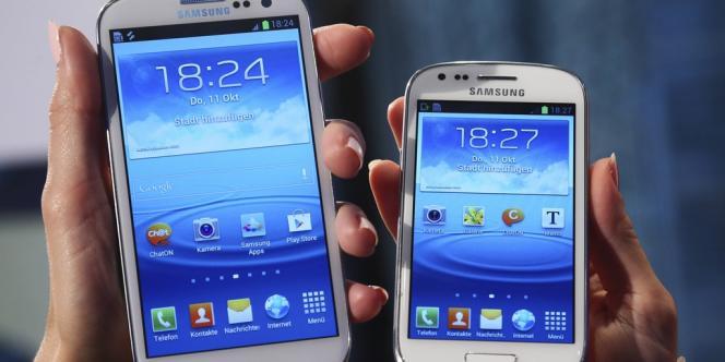 Des modèles de smartphones Samsung.