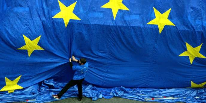 La crise économique pourrait déboucher sur l'élection, du 22 au 25 mai, de nombreux eurodéputés populistes et d'extrême droite.