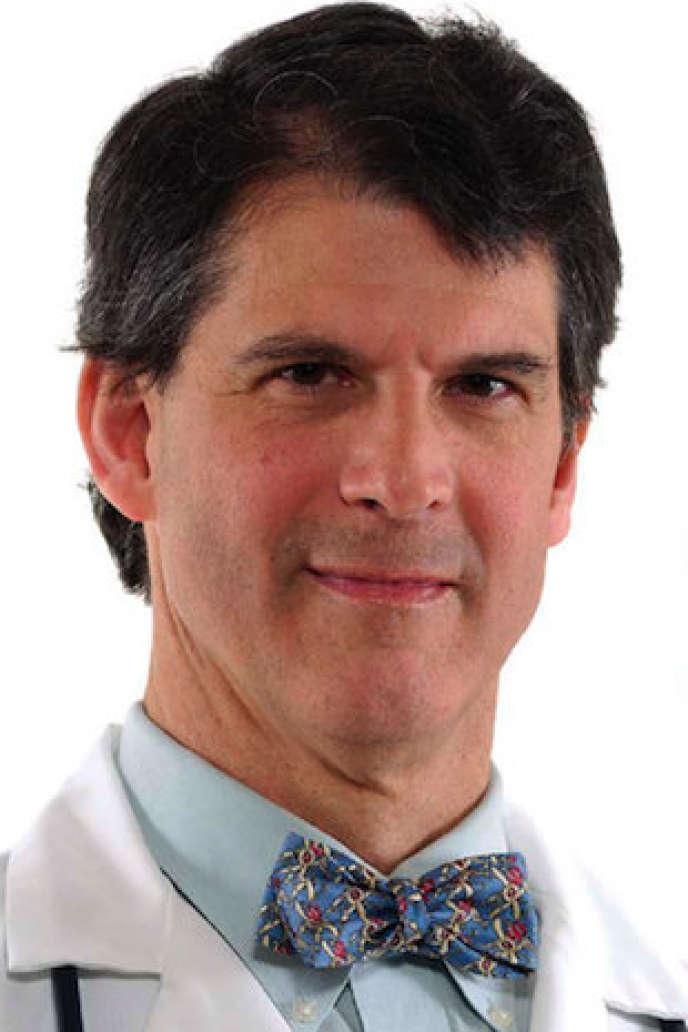 Le neurochirurgien Eben Alexander affirme avoir vécu une expérience de mort imminente.