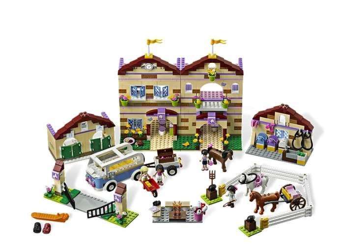 Le camp d'équitation, de Lego