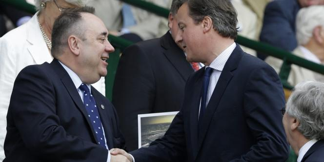 M. Cameron a rencontré lundi le premier ministre nationaliste écossais Alex Salmond.