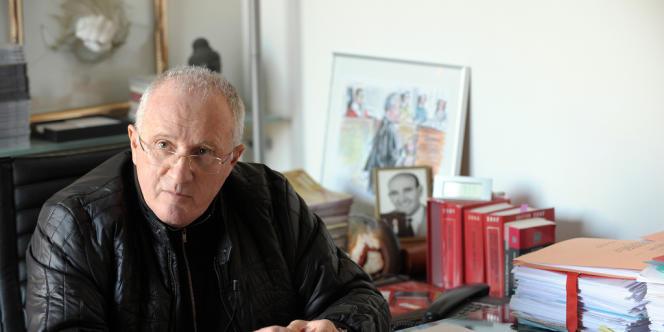 Antoine Sollacaro, en janvier 2010, dans son bureau à Ajaccio.