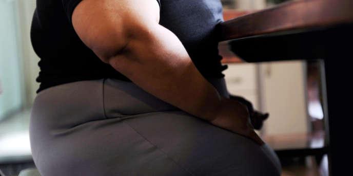 La progression de l'obésité se poursuit en France, mais pour la première fois depuis 1997, la hausse se ralentit.