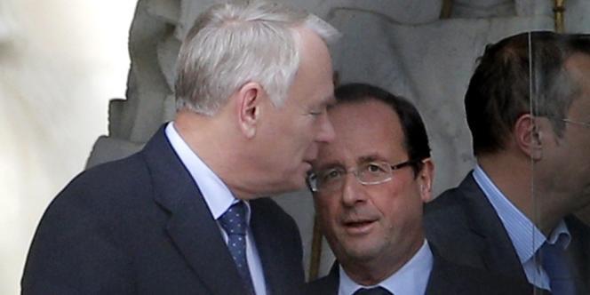 François Hollande et Jean-Marc Ayrault le 16 octobre à l'Elysée.
