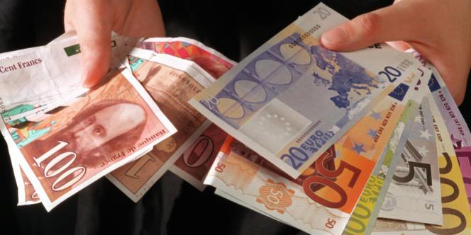 En avril, le déficit commercial français s'est élevé à 5,8 milliards d'euros, l'excédent allemand à 14,4 milliards.