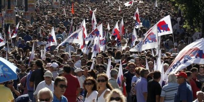 Jeudi 18 octobre dans les rues d'Athènes (Grèce).