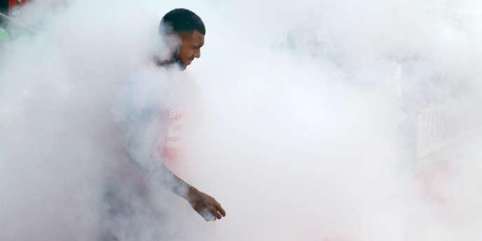 Yann M'Vila, avec le maillot de son club de Rennes, le 19 septembre.
