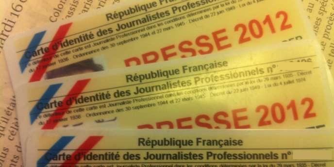 Cartes de presse.