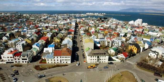 Les Islandais votaient samedi 20 octobre pour décider s'ils adoptent une nouvelle Constitution.