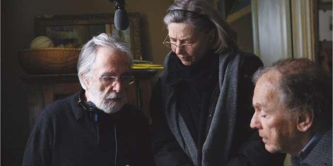 Michael Haneke, Emmanuelle Riva et Jean-Louis Trintignant sur le tournage du film autrichien, français et allemand,
