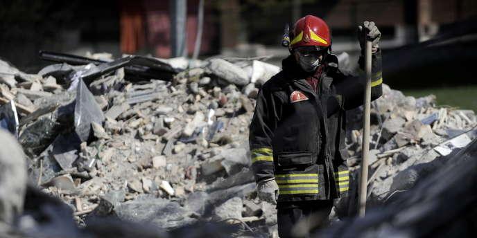 Le séisme de L'Aquila, le 6 avril 2009, a fait 309 morts et des milliers de sans-abri.