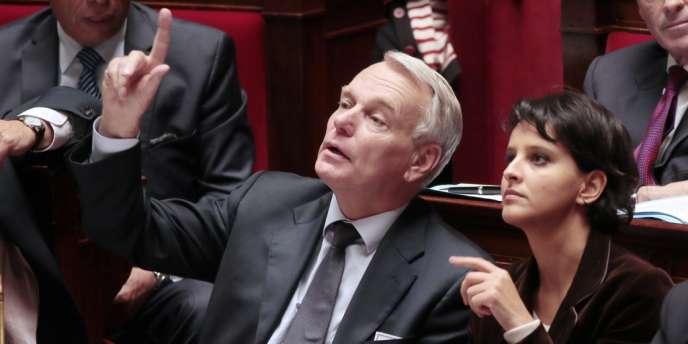 Jean-Marc Ayrault et Najat Vallaud-Belkacem, le 23 octobre 2012, à l'Assemblée nationale.