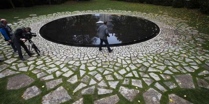 Le mémorial en hommage aux Roms et aux Sintis déportés par les nazis pendant la seconde guerre mondiale, à Berlin, le 22 octobre.