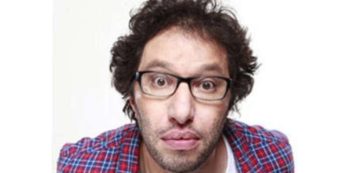 Manu Levy, l'animateur qui réveille les auditeurs de NRJ.