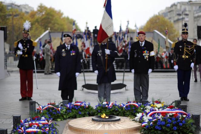 Célébration du 93e anniversaire de l'armistice de la première guerre mondiale, le 11 novembre 2011, à Paris.