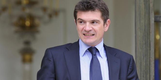 Benoist Apparu a annoncé son soutien à François Fillon dans la course à la présidence de l'UMP face à Jean-François Copé.