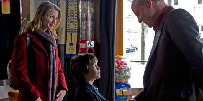 Alexandra Lamy, Jalil Mehenni et William Hurt dans le film français de Sandrine Bonnaire,