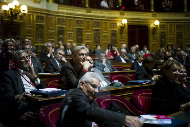 Pierre Laurent (au centre), député communiste de Paris, lors des Etats generaux de la democratie territoriale, le 4 octobre au Sénat.