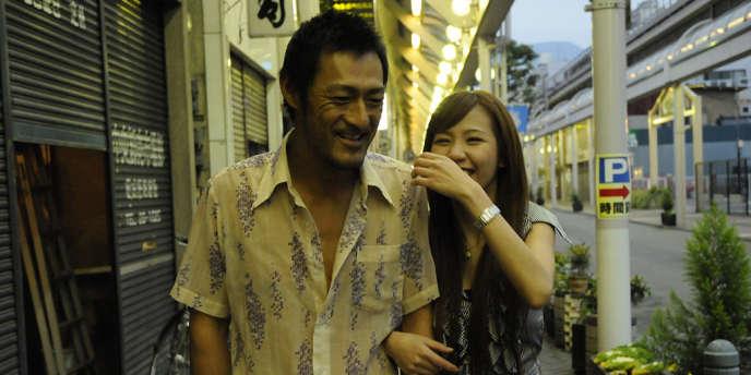 Wesley Bandeira et Chika Kumada dans le film japonais de Katsuya Tomita,