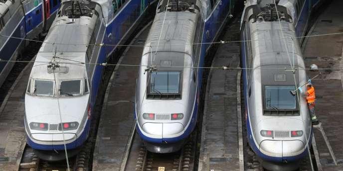 Les tarifs de la SNCF augmenteront de 2,6 % en 2015 sur l'ensemble des lignes.
