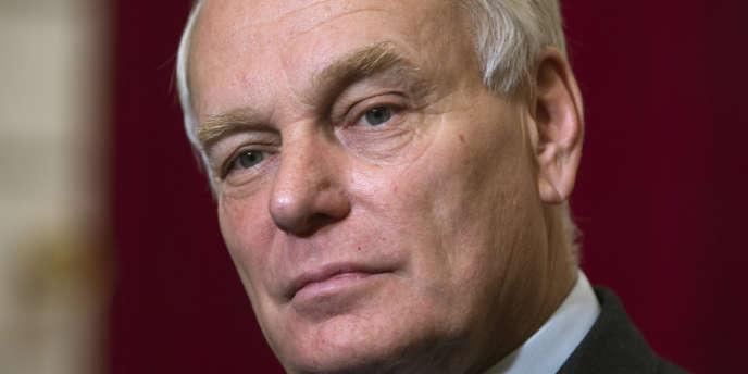 Le premier ministre Jean-Marc Ayraul.