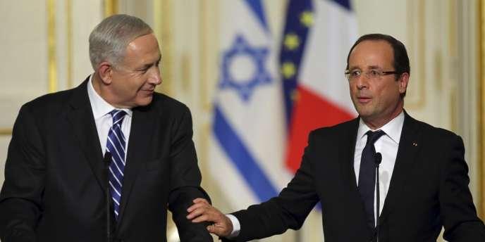 Le premier ministre israélien, Benyamin Nétanyahou, et le président français, François Hollande, lors d'une conférence de presse conjointe organisée le 31 octobre 2012 à l'Elysée.