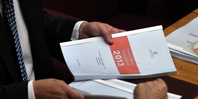 Le projet de budget était présenté mercredi 31 octobre au Parlement, à Athènes.
