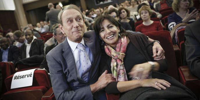 Bertrand Delanoë et sa première adjointe, Anne Hidalgo, à la Maison de la chimie, le 3 octobre.