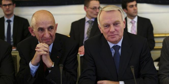 Louis Gallois et Jean-Marc Ayrault, le 5 novembre à Matignon.