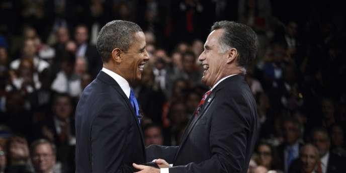 Barack Obama et Mitt Romney peu après la fin de leur troisième et dernier débat télévisé, le 22 octobre à Boca Raton (Floride).