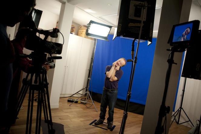 Le tournage d'une des vidéos de l'installation de Nicolas Favreau,