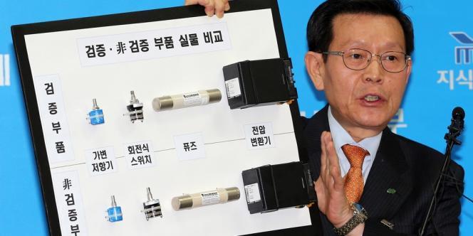 Kim Kyun-seop, patron de Korea Hydro & Nuclear Power, lors d'une conférence de presse lundi 5 novembre au ministère de l'économie sud-coréen.