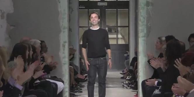 Extrait de la vidéo Balenciaga Printemps/Été 13, avec Nicolas Ghesquière