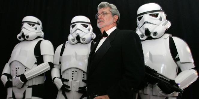Disney a annoncé des bénéfices annuels en hausse de 18 % - ici, George Lucas , le créateur de