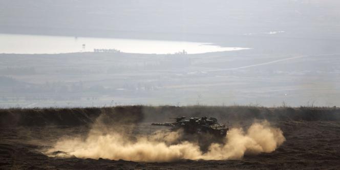 Un blindé israélien sur le plateau du Golan, le 6 novembre.