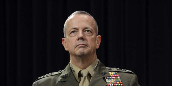 Le commandant des forces de l'OTAN en Afghanistan, le général John Allen, , le 10 octobre.