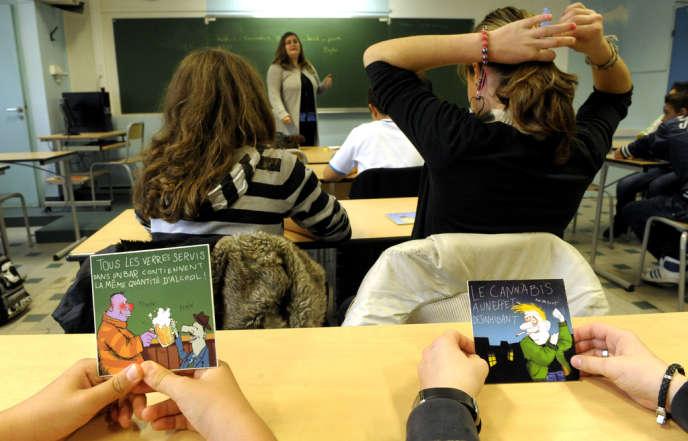 Intervention au collège de Châteauneuf-sur-Loire (Loiret) dans une classe de 4e de l'Association Pour l'Ecoute et l'accueil en Addictologie et Toxicomanie (APLEAT).