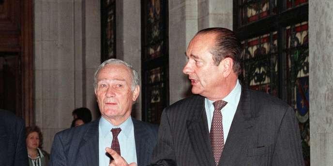 Après un passage à Antenne 2, où il fut PDG de 1978 à 1981, il avait rejoint en 1985 la Mairie de Paris, auprès de Jacques Chirac, comme directeur général de l'information et de la communication.