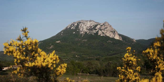 Le pic de Bugarach, dans l'Aude, sera interdit d'accès du 19 au 23 décembre.