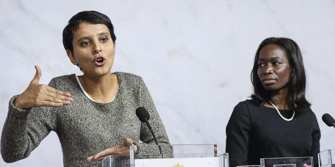 Najat Vallaud-Belkacem au côté de son homologue suédoise le 9 novembre à Stockholm. Là-bas, les clients encourent jusqu'à un an de prison. -