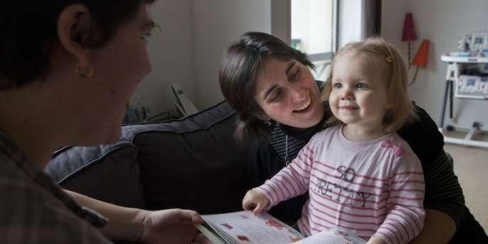 Céline Lousteau et sa compagne ont eu recours à la PMA pour avoir la petite Zoé, 21 mois.