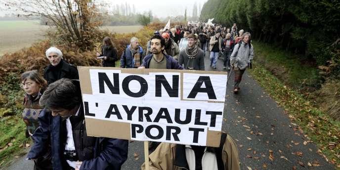 Une manifestation contre l'aéroport Notre-Dame-Des-Landes, en novembre 2012.