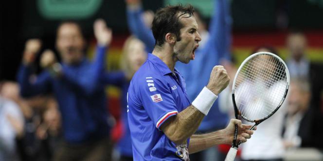 Radek Stepanek a offert le point de la victoire à la République tchèque, dimanche, à Prague.