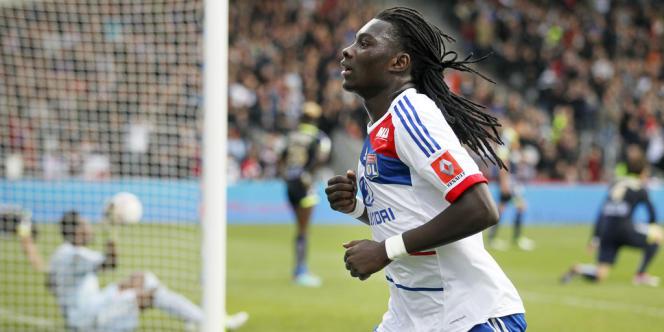Bafétimbi Gomis a inscrit le deuxième but des Lyonnais, dimanche, face à Reims.
