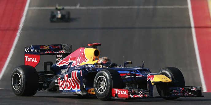 Le double champion du monde Sebastian Vettel au volant de sa Red Bull, dimanche, sur le circuit d'Austin.