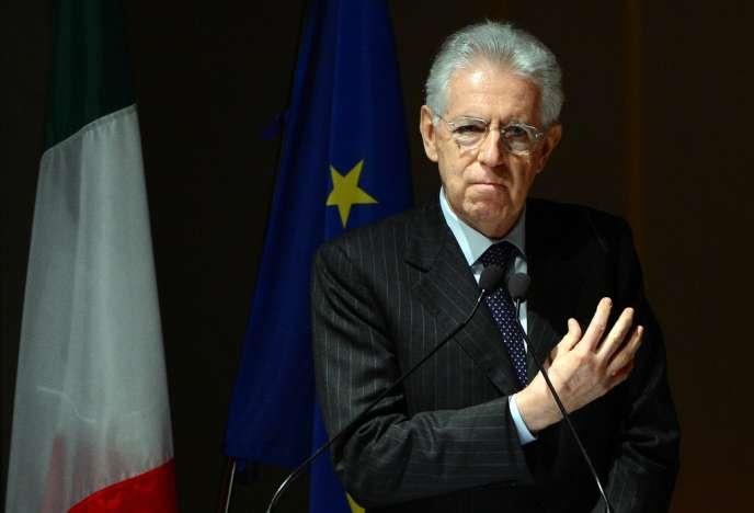 Mario Monti à l'Université Bocconi, à Milan, le 15 novembre.
