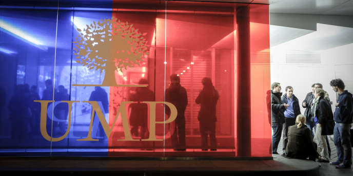 Au siège de l'UMP, rue de Vaugirard à Paris, dimanche 18 novembre.