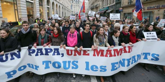 Manifestation des opposants au mariage pour tous, le 18 novembre 2012, à Paris.
