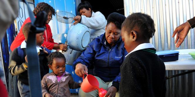 Entre 2009 et 2011 le nombre d'enfants nouvellement infectés par le VIH en Afrique subsaharienne a diminué au total de 24%.